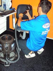 Limpeza e lavagem a seco de estofados no RJ